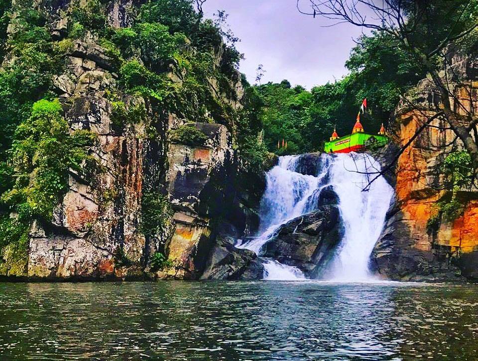 Devkund-Waterfall-Odisha