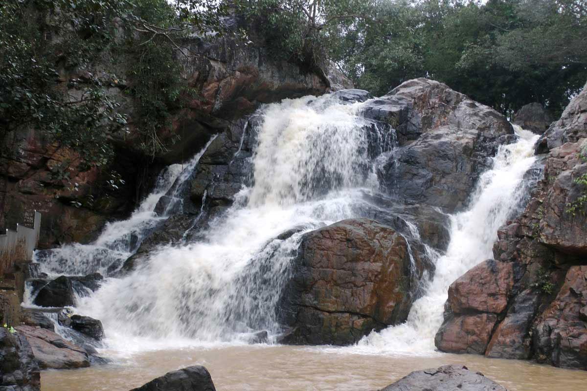 Sanaghagara-Waterfall-Keonjhar